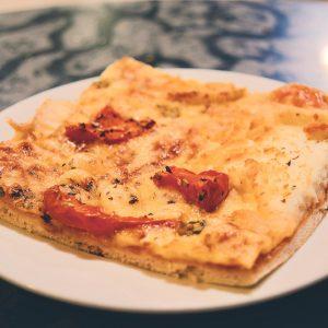 Pica veģetārā ar kamambēru